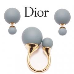 Комплект пусеты и кольцо серый