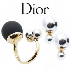 Комплект в стиле Dior серебристый и черный