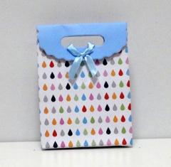 Пакетик подарочный голубой с узором маленький