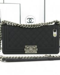 Чехол Chanel Boy для iPhone 4 черный