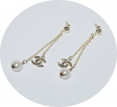 Сережки Шанель с жемчужиной