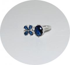 Кольцо синие камени и цветочек
