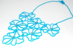 Ожерелье Цветочки голубое