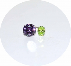 Кольцо на фалангу с сиреневым и зеленым камнями