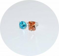 Кольцо на фалангу с голубым и персиковым камнями