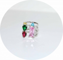 Кольцо серебряное с розовым камнем
