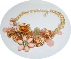 Колье Цветы розовое с золотым