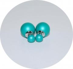 Серьги шарики зеленые матовые