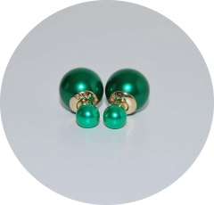 Серьги шарики жемчужные зеленые