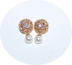 Серьги Dior стразы и жемчуг золотые