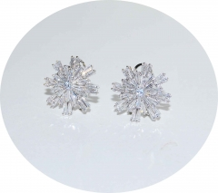 Серьги Снежинки с камнями серебряные