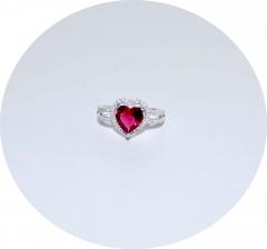 Кольцо в стиле Тиффани сердце розовое