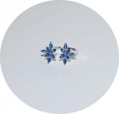 Кольцо с кристаллами синее