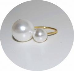 Кольцо в стиле Шанель две жемчужины