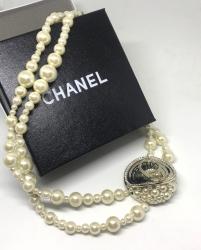 Жемчужные бусы в стиле Chanel