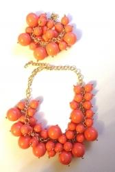 Набор Колье из бусин и браслет коралловый