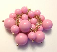 Браслет из бусин розовый