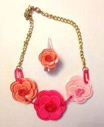 Колье Розы розовое