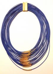 Колье из нитей синее