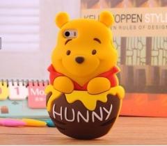 Чехол Винни Пух для iPhone 5 коричневый