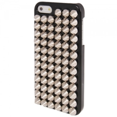 Чехол с серебряными шипами для iPhone 5S черный