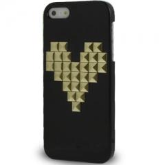 Чехол с клепками Сердце для iPhone 5S черный