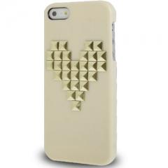 Чехол с клепками Сердце для iPhone 5S кремовый