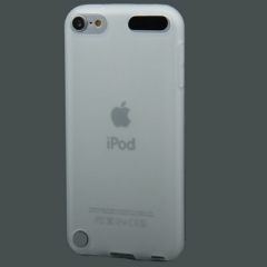 Чехол силиконовый для iPod Touch 5 белый