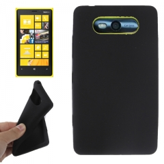 Чехол силиконовый для Nokia Lumia 820 черный