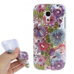 Чехол Цветочки для Samsung Galaxy S4 Mini сиреневый