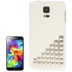 Чехол для Samsung Galaxy S5 белый с клепками